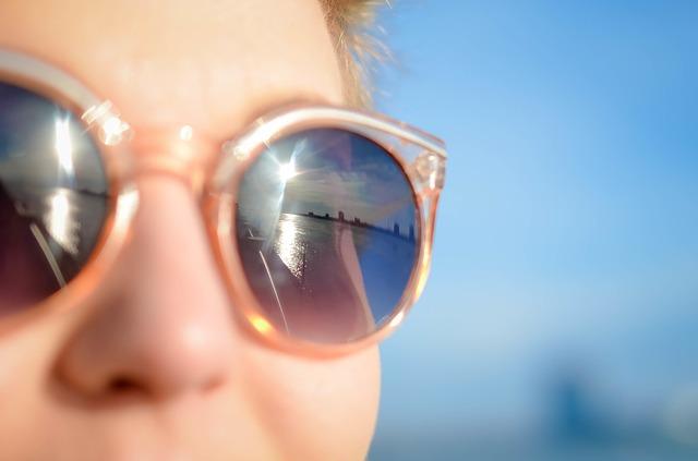 Gesicht in Sonnen für Vitamin D Auffüllung, Herpesausbruch möglich